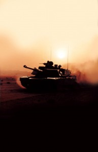 LAND_M1A2_Saudi_Dusty_Sunset_GDLS_lg